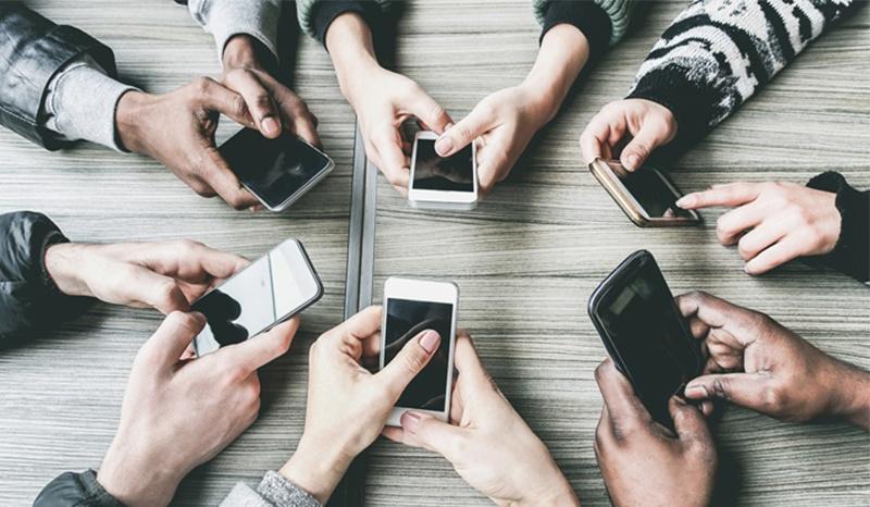 คุณสามารถพิมพ์ข้อความบนสมาร์ทโฟนของตัวเองได้เร็วแค่ไหน?